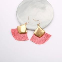 Boucles d'oreilles dorée en Macramé