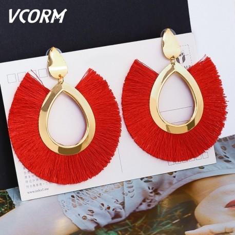 Boucles d'oreilles ethnique et fil de soie
